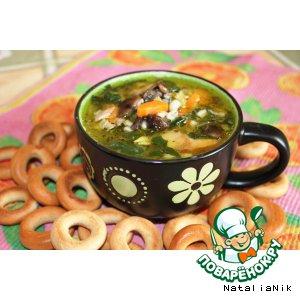 Рецепт: Густой суп с сельдереем, шпинатом и грибами