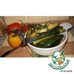 Рецепт Быстрые маринованные огурчики в зеленом соусе