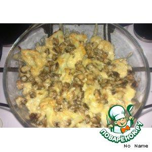 Рецепт: Цветная капуста, запеченная с сыром и грибами