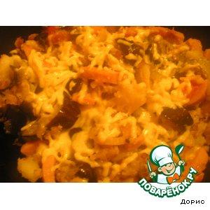 Рецепт: Картофель с овощами, ветчиной и сыром