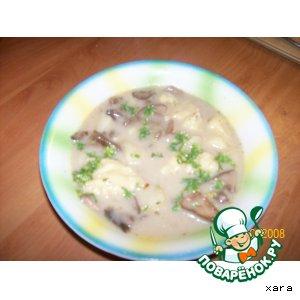 Рецепт: Грибной  суп с сыром и клецками