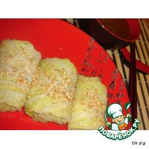 Рецепт: Китайские конвертики с курицей и соусом