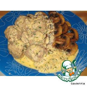 Рецепт: Клецки из печени под сырно-горчичным соусом