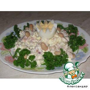 Рецепт: Салат из фасоли с копченой курицей