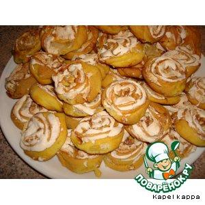 Рецепт: Tворожное печенье с безе и орешками
