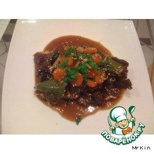 Рецепт: КАЛЬБИ ТИМ – говяжьи ребра тушенные с овощами