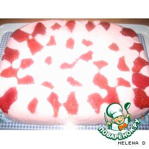 Творожно-йогуртовый десерт с клубникой