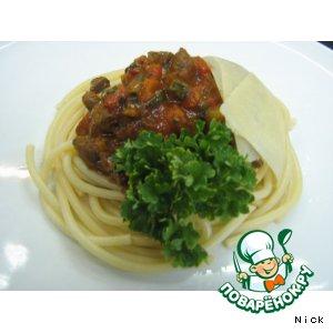 Рецепт: Букатини c рагу из оленины и баранины