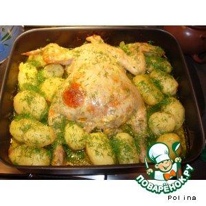 Рецепт: Курочка фаршированная и запеченная с картошечкой