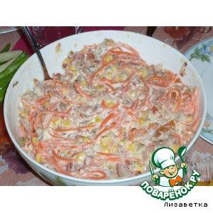 Рецепт: Салат с копчeной курицей и корейской морковью