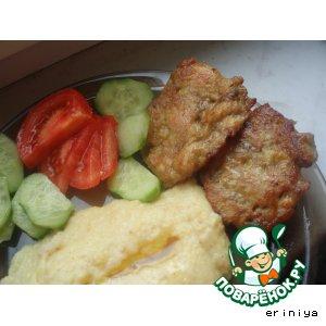 Рецепт: Куриные котлеты с печенью и яблоком