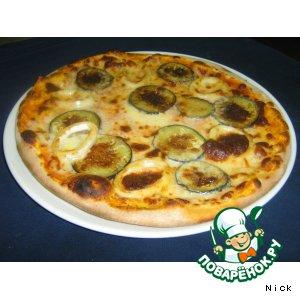 Рецепт: Пицца с баклажанами и кальмарами