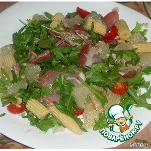 Рецепт: Салат с сыро-копченой свининой
