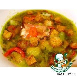 Рецепт: Гороховый суп с копченостями и крутонами