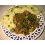 Мясо в луково-огуречном соусе