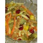 Куриный салат с овощами и сыром