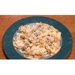 Салат с блинчиками,  грибами и луком