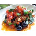 Курица по-болгарски в соусе из перцев и оливок