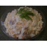 Рыбный салат с рисом и яйцом