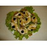 Закусочный салат «perla negra»