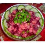 Салат со свеклой и тунцом
