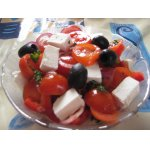 Салат томатный с сыром фета