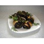Рулетики из баклажанов c сыром и оливками