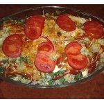 Цветная капуста в сливочно-горчичном соусе под сыром и томатом