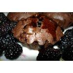 Шоколадные кексы с шелковицей