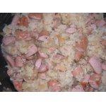 Рис с луком и сосисками