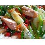 Куриный   салат   с   овощами   на   тайский   манер