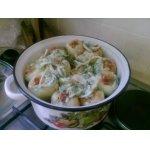 Перец, фаршированный маринованной курицей и овощами