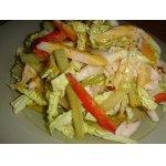 Салат из копченой курицы с савойской капустой