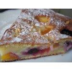 Фруктово-ягодный пирог с миндалем