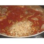 Свинина в томатно-ореховом соусе