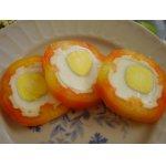 Перец, фаршированный яйцом