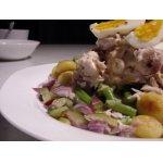 Теплый салат из скумбрии горячего копчения