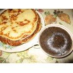 Молочные блины с ягодным соусом – кулинарный рецепт