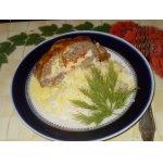 Мясной рулет с яйцами под сырной корочкой