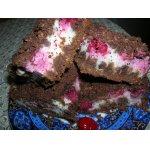 Вишнево-шоколадный пирог с рассыпчатой крошкой