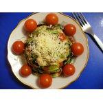 Теплый салат с цуккини и креветками