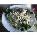 Салат с кальмарами и зернами граната