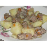 Мясо, тушеное с картошкой