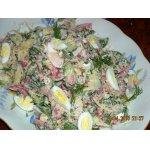 Свежий весенний салат с бужениной и перепелиными яйцами