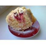 Обсыпной пирог с клубникой