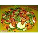 Огуречный салатик с курочкой