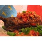 Баклажаны с мясной начинкой и томатами