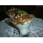 Творожный десерт с айвой и шоколадом