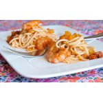 Спагетти с тыквой, креветками и вялеными помидорами