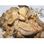 Тушеная печень в сметане с паприкой